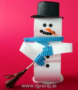 Snežak iz papirja